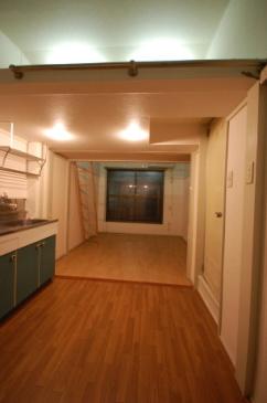 間仕切り壁のカスタマイズ キッチン側設置前