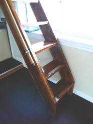 ロフトの階段特大