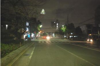 夜のアパート駅までの道 園田橋線
